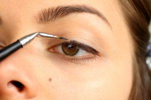 Eyeliner kullanımı
