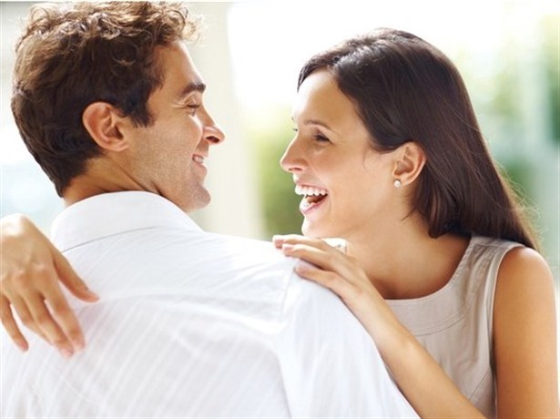 Beğendiğiniz Erkeğin İlgisini Çekmek İçin Ne Yapmalısınız ?